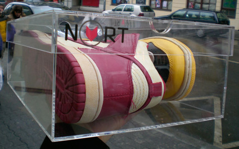 nort x nike dunk be true your school x clear box nao