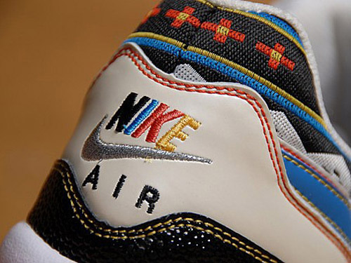 Nike Air Max Light Mexican Blanket