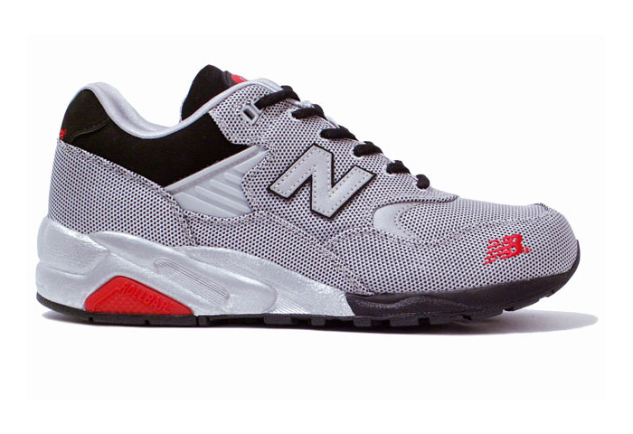 New Balance MT580J Luggage Collection   HYPEBEAST