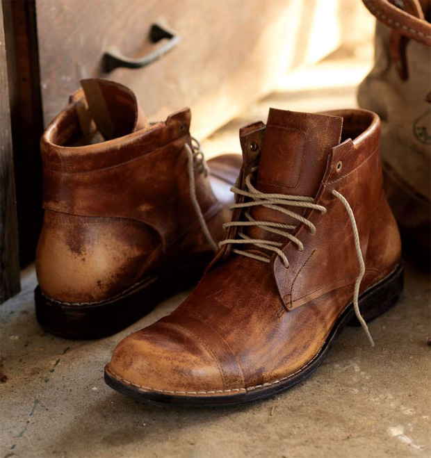 http://hypebeast.com/image/2009/06/timberland-boot-company-2009-fall-winter-boots-7.jpg