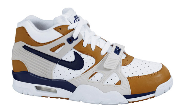 nike-air-trainer-iii-3-medicine-ball.jpg