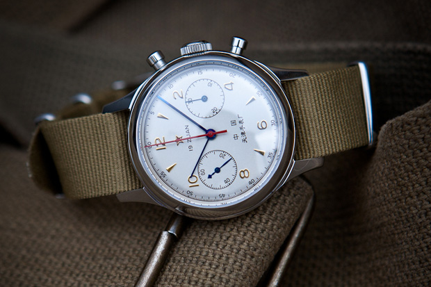 Budget >200€, 1re montre habillée à 20 ans Seagull-1963-chronograph-watch
