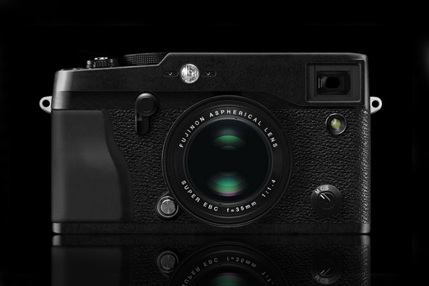 fujifilm x pro1 preview updated spec list hypebeast. Black Bedroom Furniture Sets. Home Design Ideas