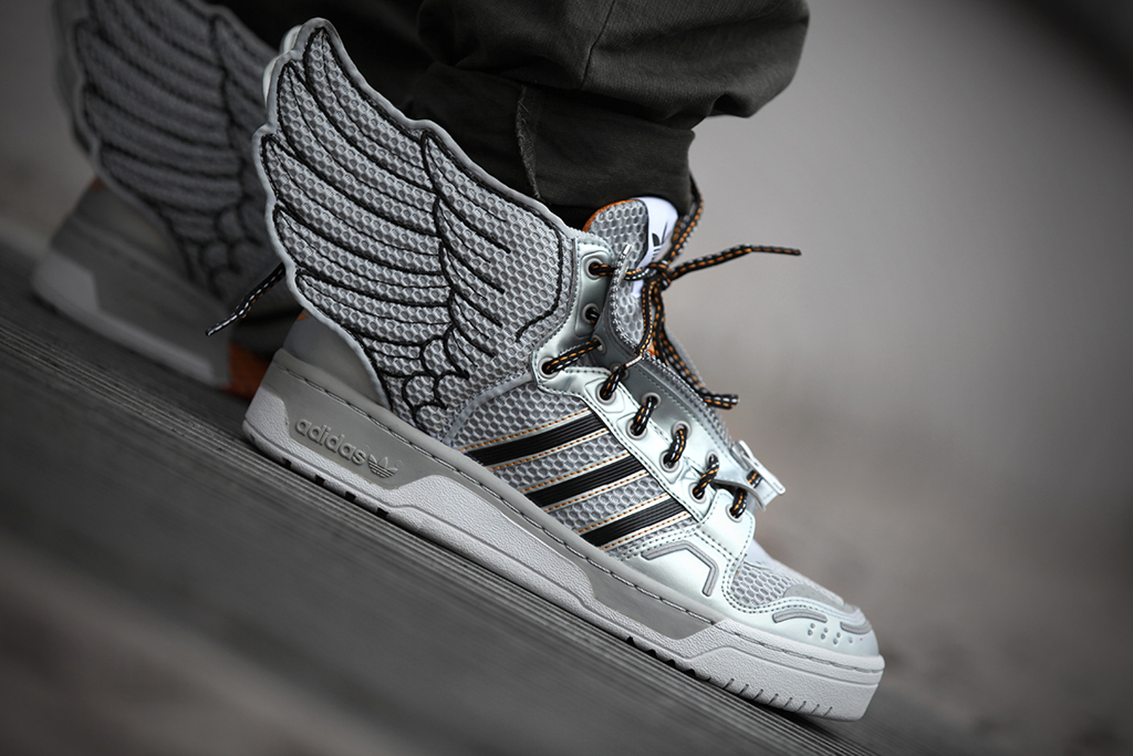 adidas wings jeremy scott