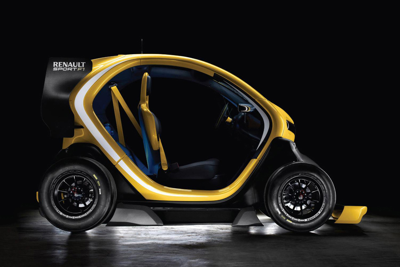 renault twizy sport f1 electric concept hypebeast. Black Bedroom Furniture Sets. Home Design Ideas