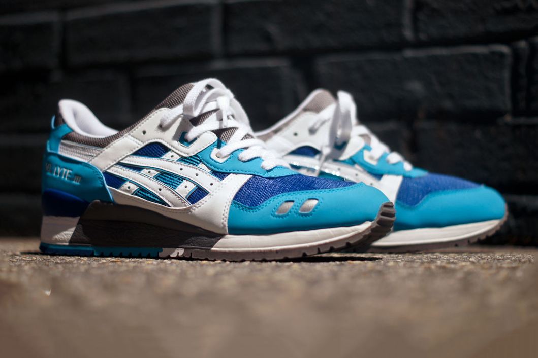 asics gel lyte iii blue white kith exclusive hypebeast. Black Bedroom Furniture Sets. Home Design Ideas