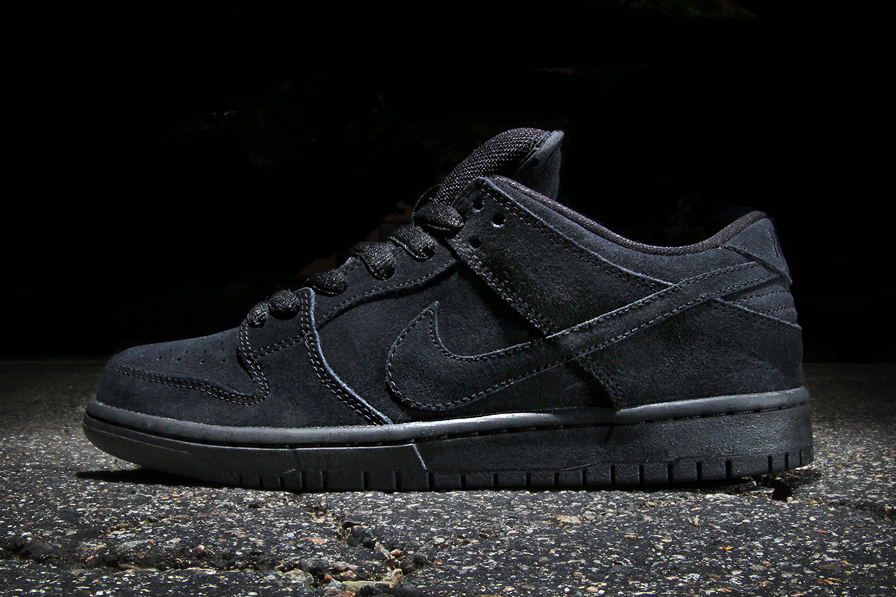 all black nike sb dunk low