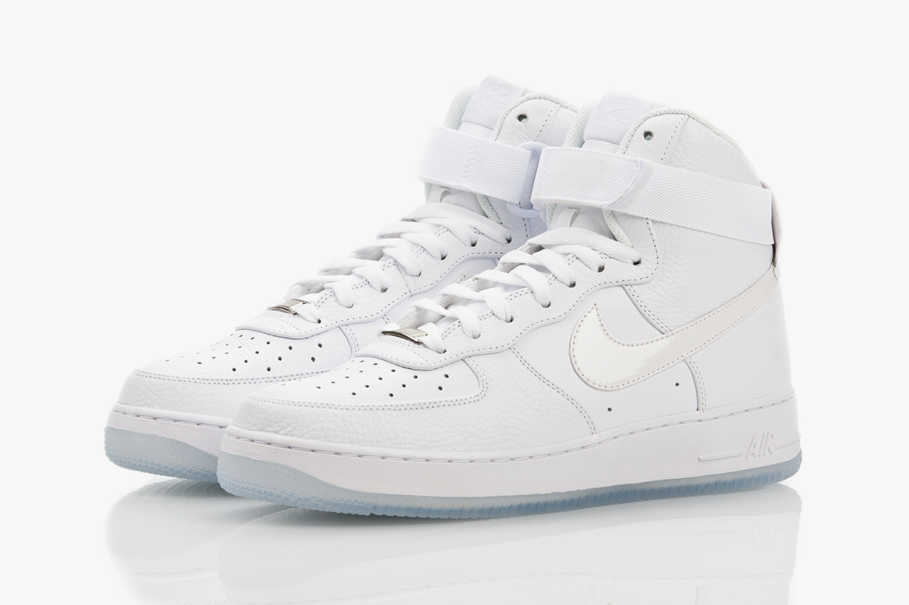 white on white air force 1