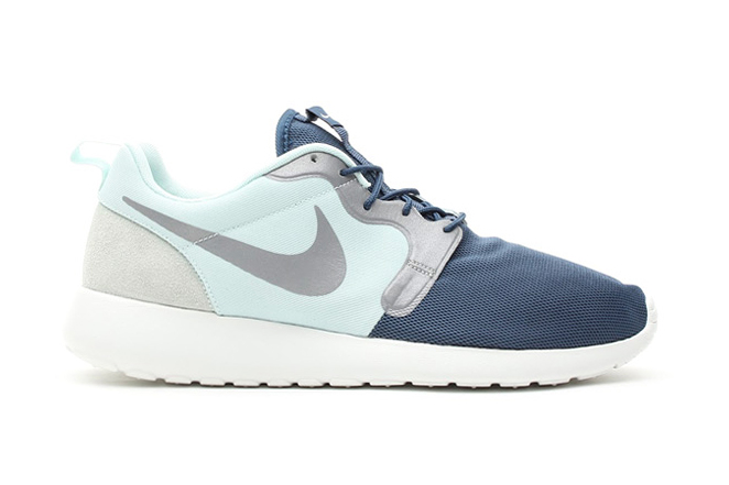 roshe run light blue