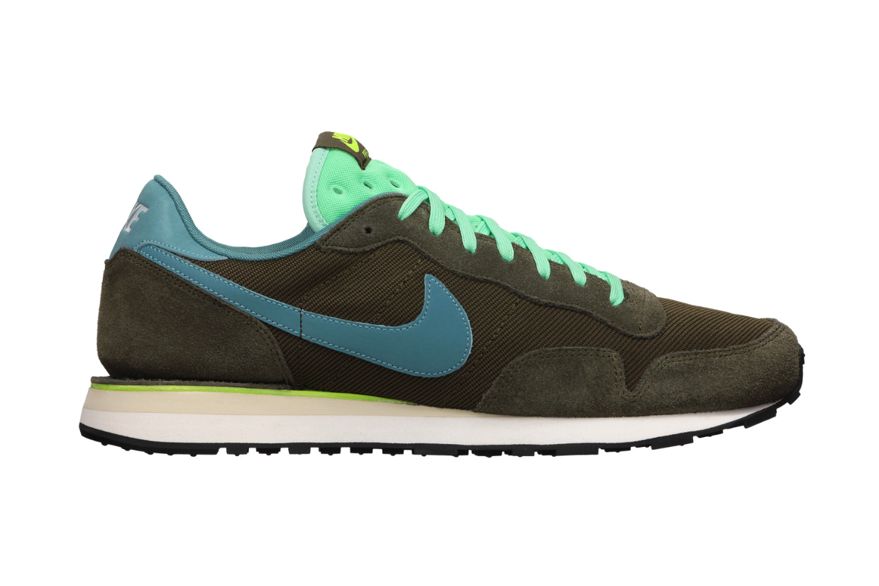 nike air pegasus 83 suede hypebeast. Black Bedroom Furniture Sets. Home Design Ideas