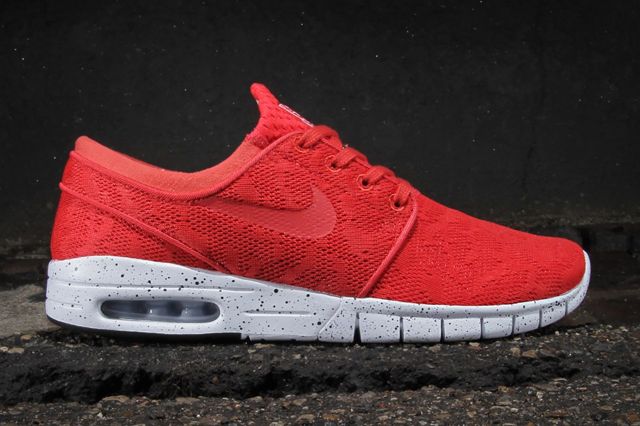 nike sb stefan janoski max light crimson hypebeast. Black Bedroom Furniture Sets. Home Design Ideas