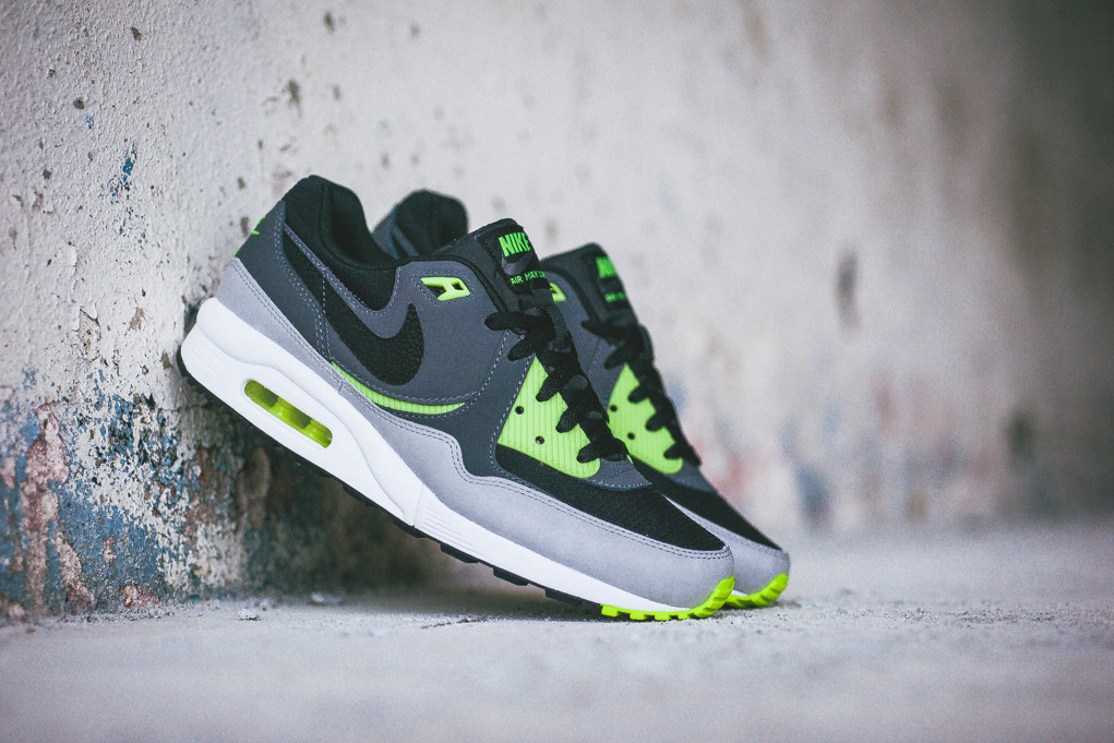 nike air max light essential black dark grey volt hypebeast. Black Bedroom Furniture Sets. Home Design Ideas