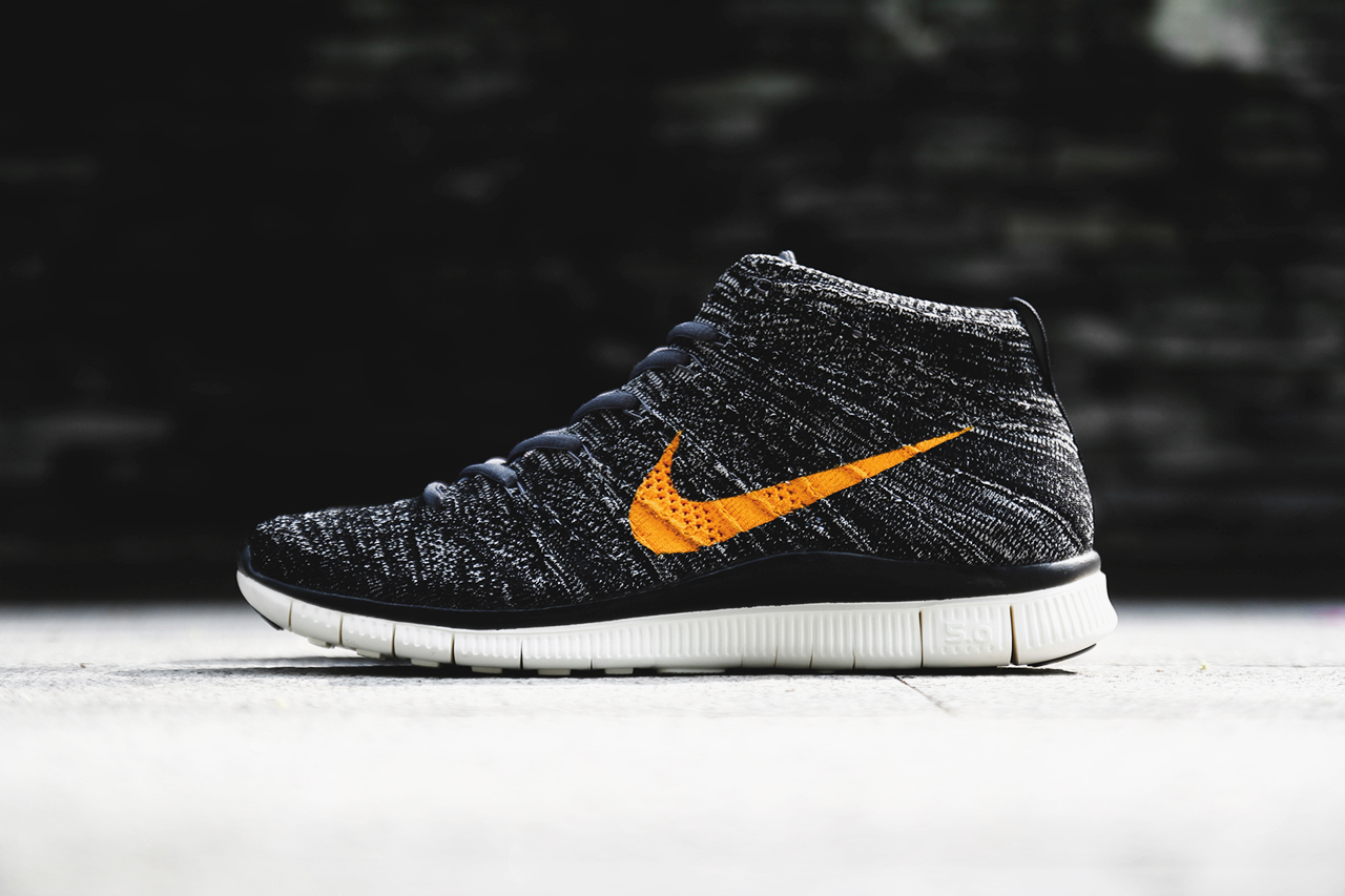 a closer look at the nike free flyknit chukka sp hypebeast. Black Bedroom Furniture Sets. Home Design Ideas