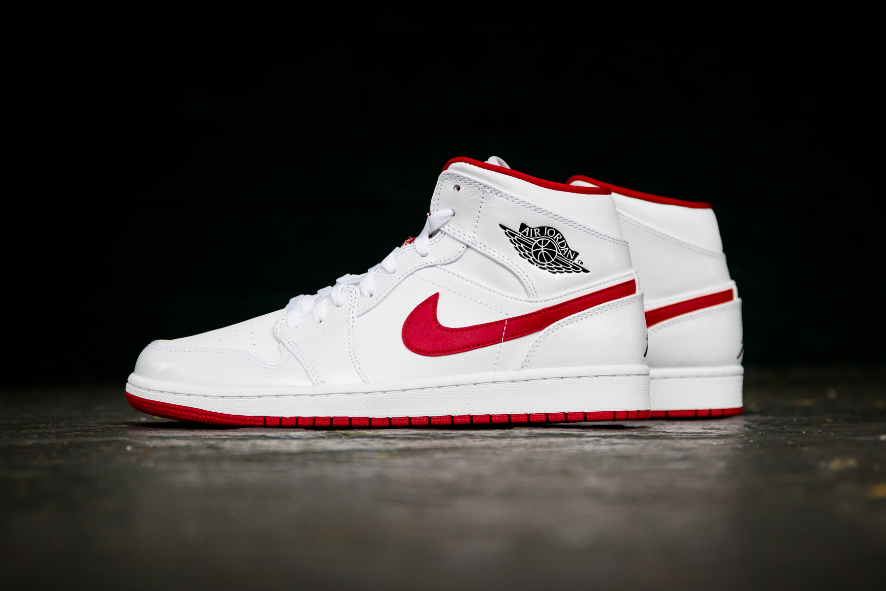 air jordan 1 mid white gym red hypebeast. Black Bedroom Furniture Sets. Home Design Ideas