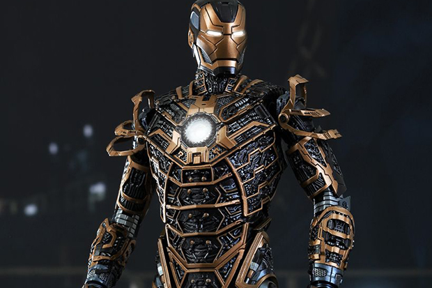 http://hypebeast.com/image/2014/07/hot-toys-iron-man-3-mark-xli-1-6-scale-collectible-figure-00.jpg