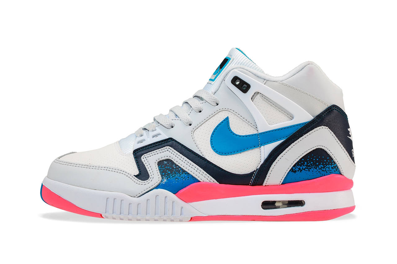 nike air tech challenge ii white photo blue pure platinum medium navy hypebeast. Black Bedroom Furniture Sets. Home Design Ideas