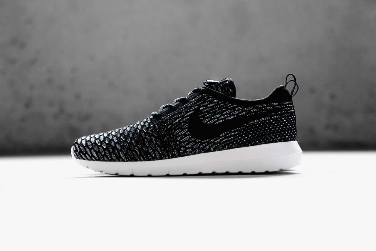 a closer look at the nike flyknit roshe run nm collection. Black Bedroom Furniture Sets. Home Design Ideas