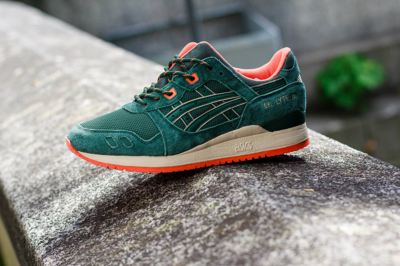 asics gel lyte iii dark green orange hypebeast. Black Bedroom Furniture Sets. Home Design Ideas