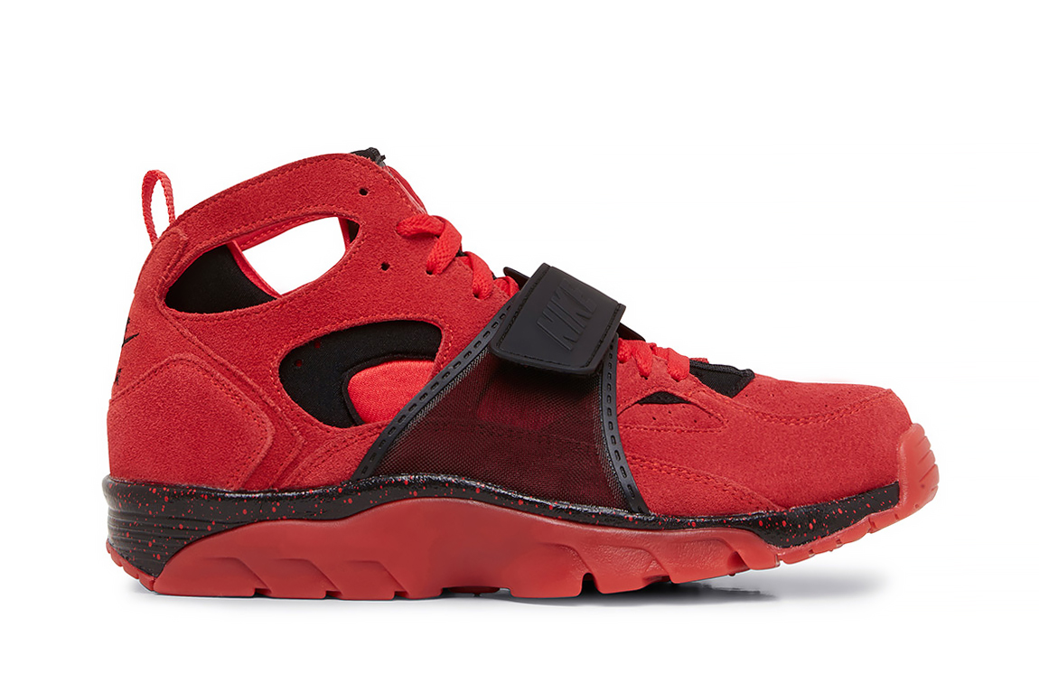 nike air trainer huarache prm qs red black hypebeast. Black Bedroom Furniture Sets. Home Design Ideas