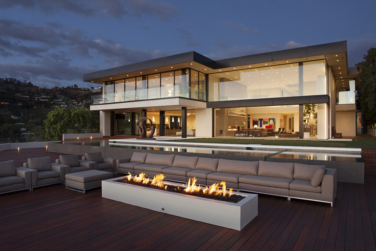 Sunset strip residence by mcclean design architects for Luxury home designs usa