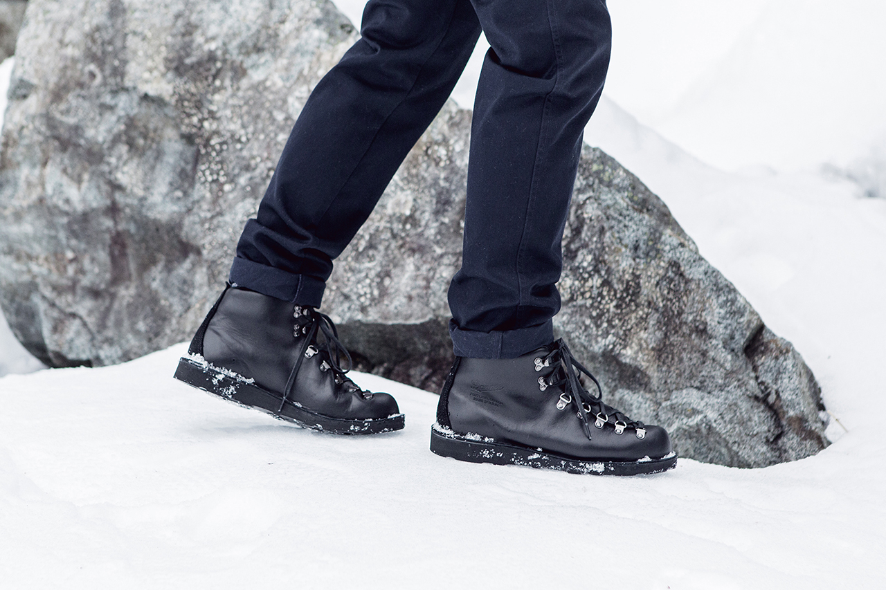 wings horns x danner 2014 fall winter mountain light hypebeast. Black Bedroom Furniture Sets. Home Design Ideas