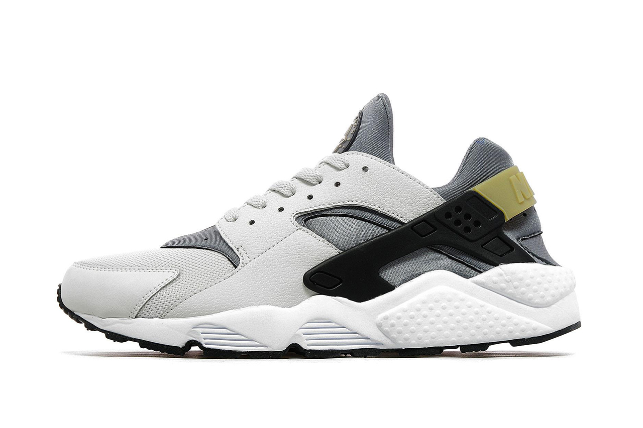 nike air huarache light ash grey jd sports exclusive hypebeast. Black Bedroom Furniture Sets. Home Design Ideas