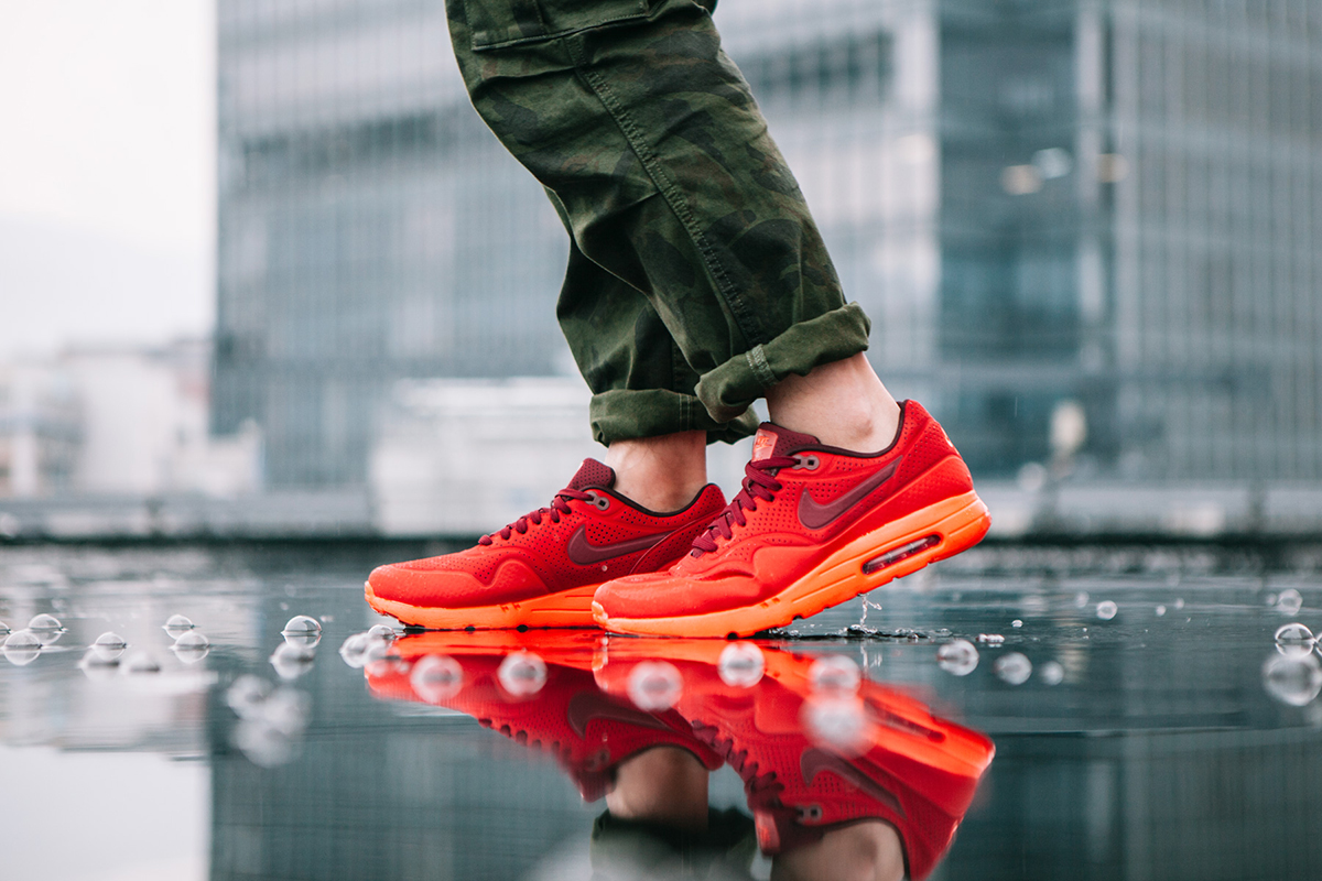 nike air max 1 ultra moire university red hypebeast. Black Bedroom Furniture Sets. Home Design Ideas