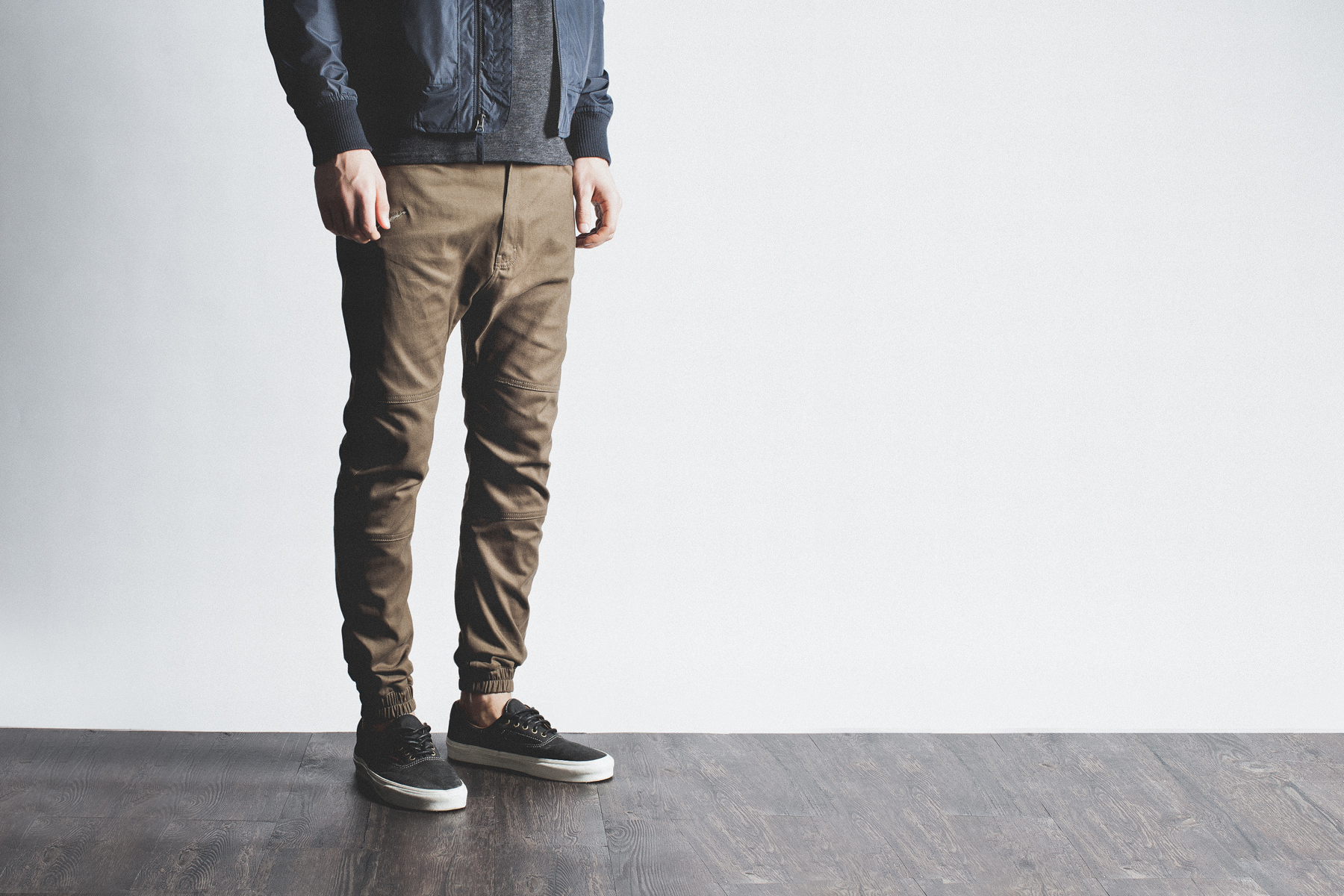 Well, jogger pants can be categorized as any pair of pants that feature elastic cuffs at the ankle. Explore our selection from top brands to see everything from classic sweatpants styles to cargo and denim options for both men and women.
