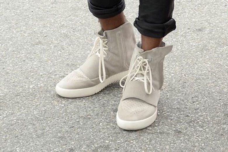 Reduced Adidas Yeezy 750 Boost - 2015 2 Kanye West Is Seen In His New Adidas Yeezys
