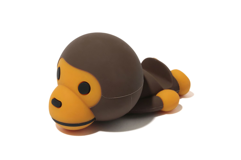 A Bathing Ape X Candies Baby Milo Smartphone Stand Hypebeast