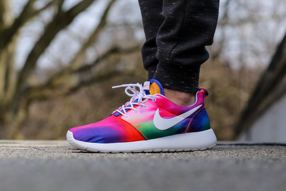 where can i get nike roshes