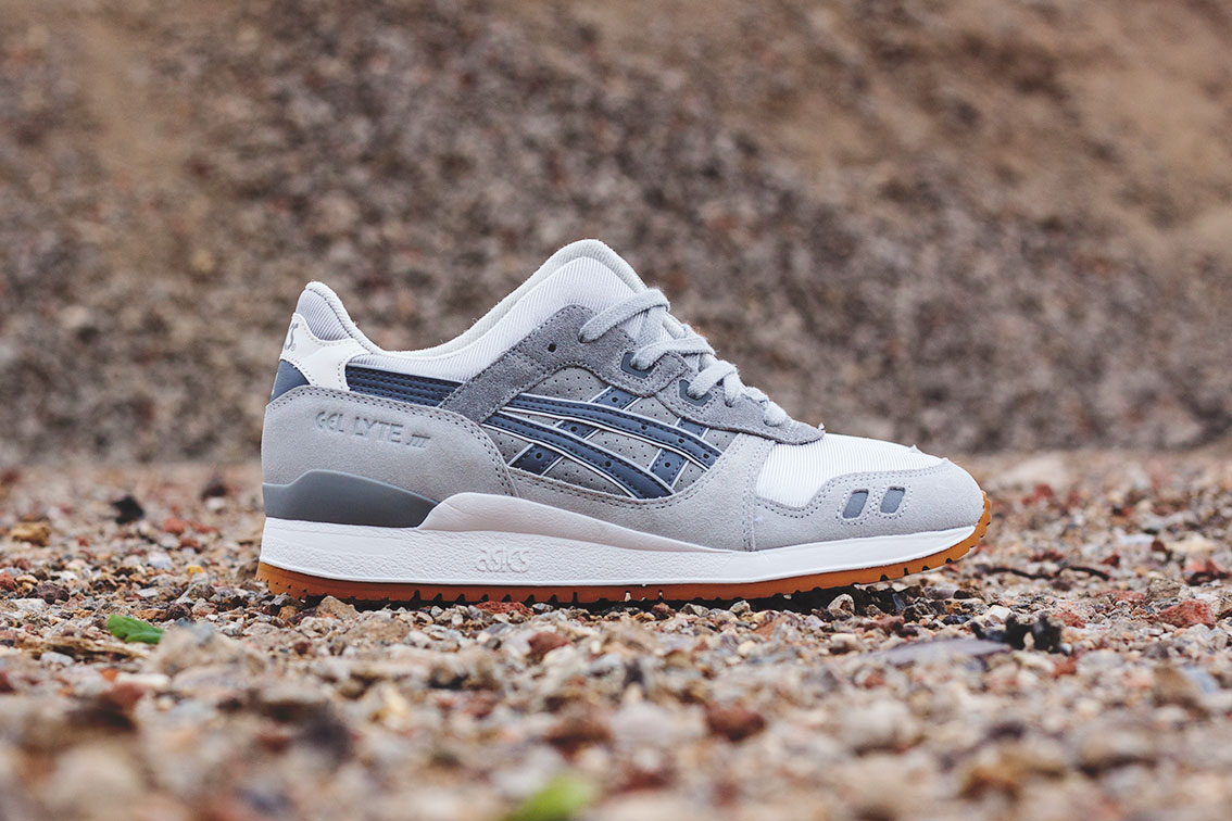 asics gel lyte iii light grey grey gum hypebeast. Black Bedroom Furniture Sets. Home Design Ideas