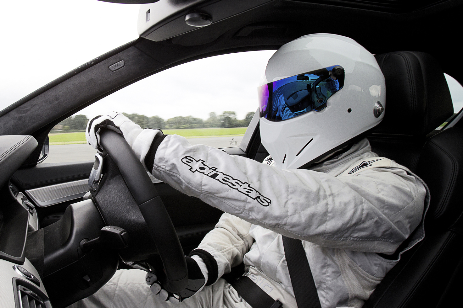 the stig 360 tour around the top gear test track hypebeast. Black Bedroom Furniture Sets. Home Design Ideas