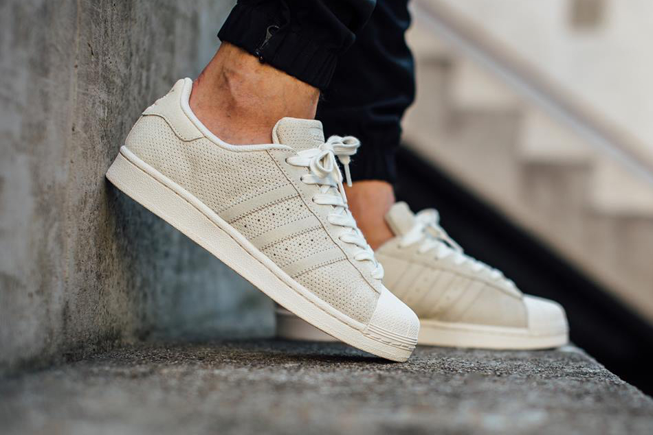 Adidas Superstar 80's White Black G61070 stickabush delicate