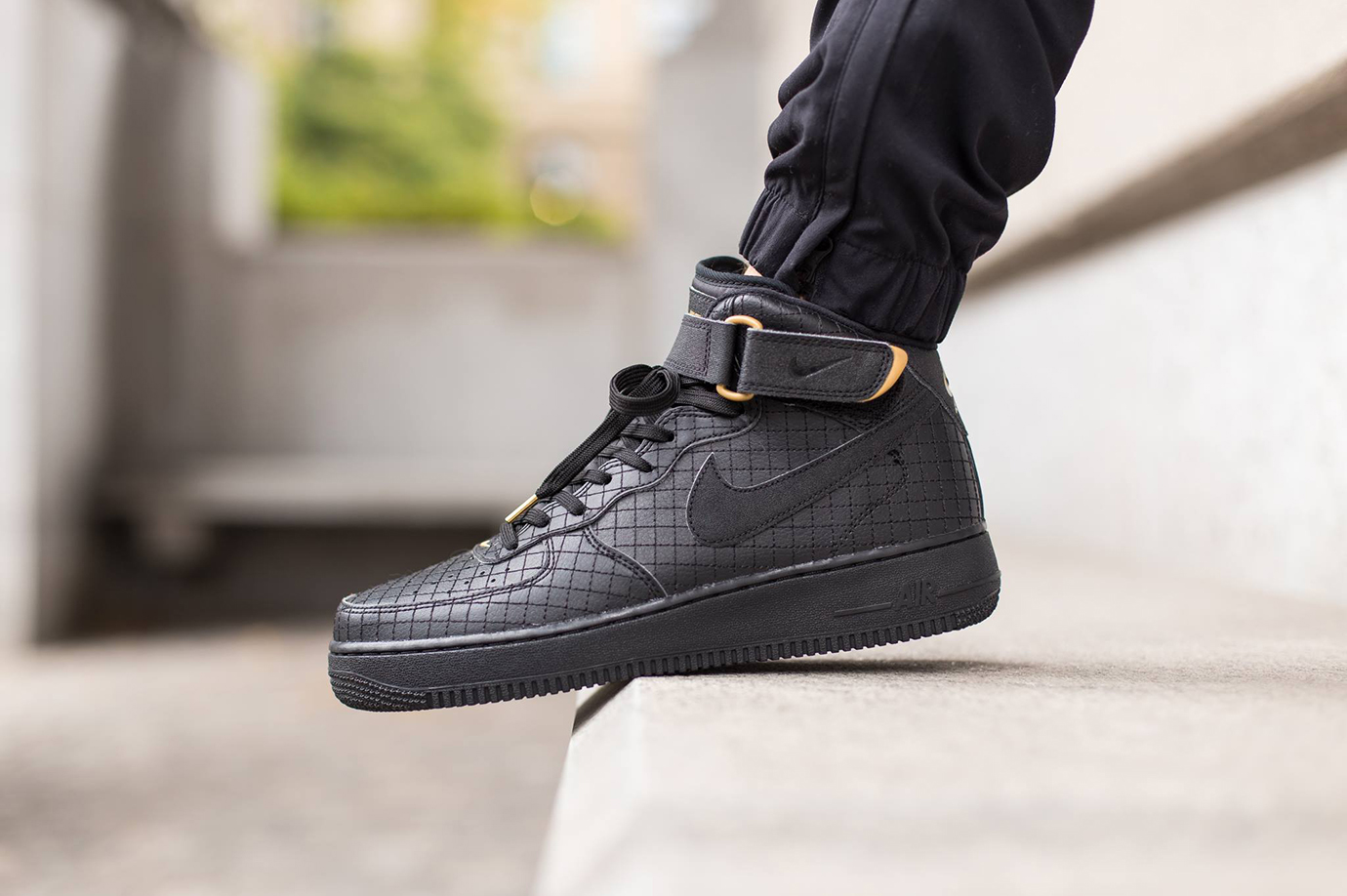nike air force 1 mid 07 black sneaker hypebeast. Black Bedroom Furniture Sets. Home Design Ideas