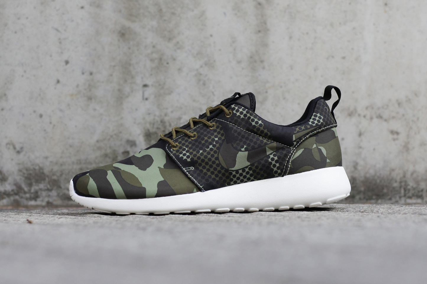 nike roshe one camo hypebeast. Black Bedroom Furniture Sets. Home Design Ideas