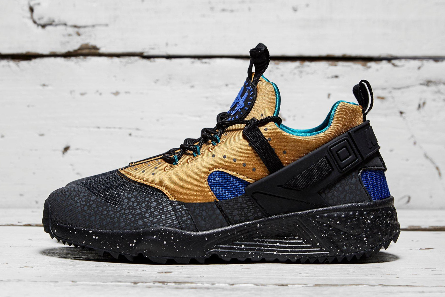 Nike.com; Nike Air Huarache Utility ACG Tan and Blue | HYPEBEAST ...