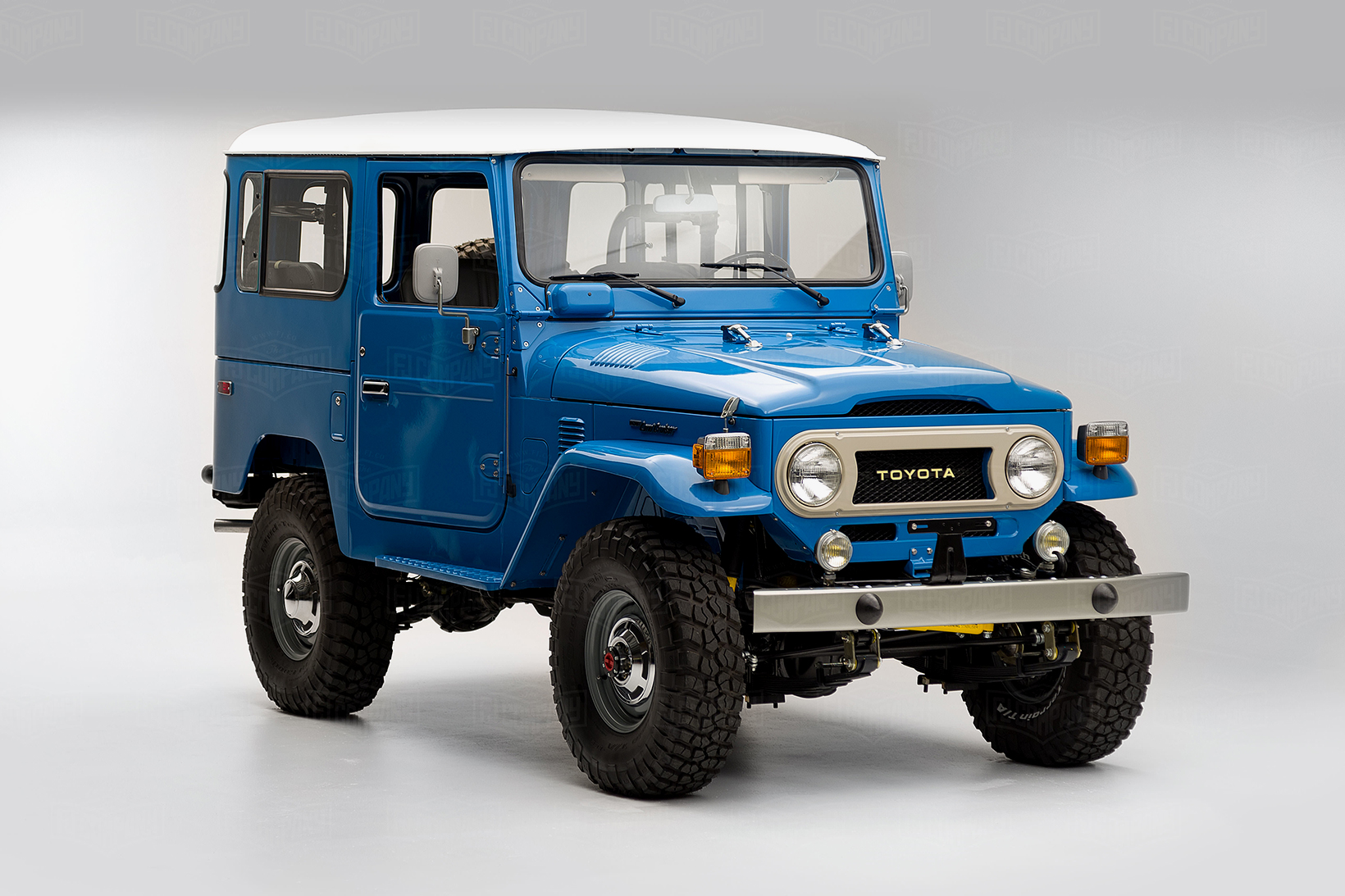 fj company restored a 1978 toyota land cruiser hypebeast. Black Bedroom Furniture Sets. Home Design Ideas