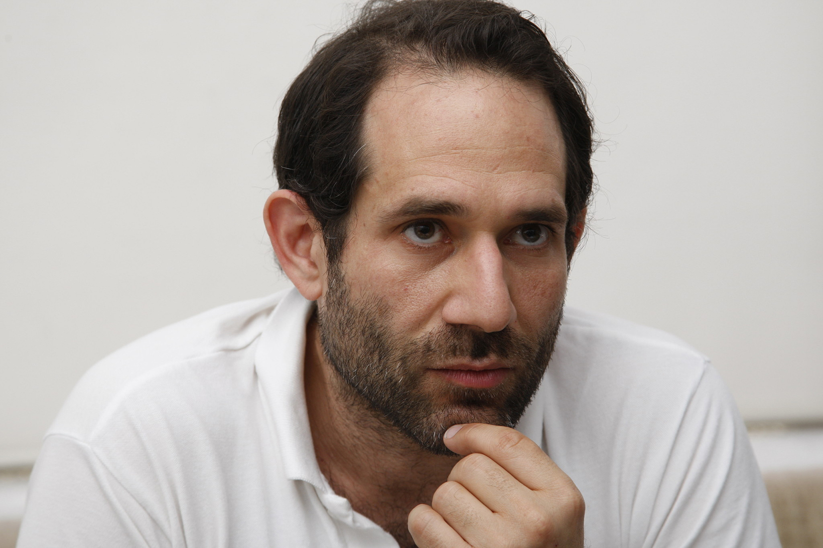 dov charney Charney's line in hipster fashion made him a multi-million dollar sensation until serial accusations of sexual harassment led to his downfall has the man who now sleeps on a mattress in his new factory changed his ways.