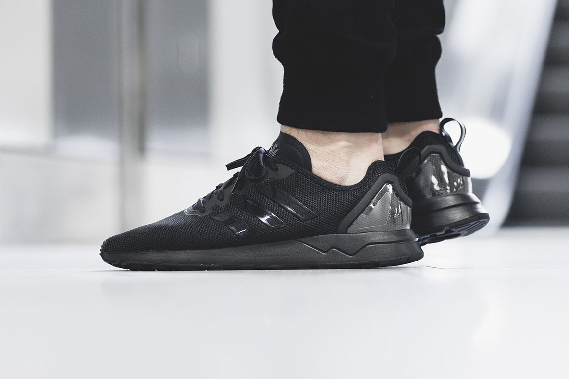 adidas zx flux adv black sneaker hypebeast. Black Bedroom Furniture Sets. Home Design Ideas
