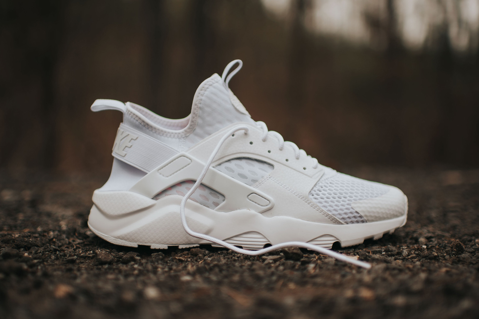 nike air huarache run ultra br triple white sneaker hypebeast. Black Bedroom Furniture Sets. Home Design Ideas