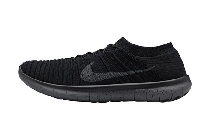 Nike Free Rn Motion Flyknit On Foot
