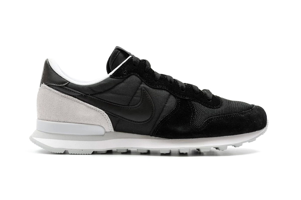 nike internationalist black sneaker hypebeast. Black Bedroom Furniture Sets. Home Design Ideas