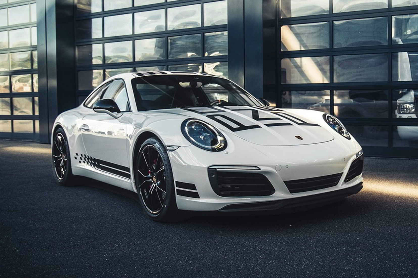 Porsche 911 Carrera S Endurance Racing Edition Hypebeast