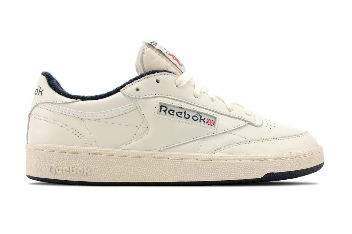 reebok club c 85 vintage chalk paper white collegiate navy. Black Bedroom Furniture Sets. Home Design Ideas