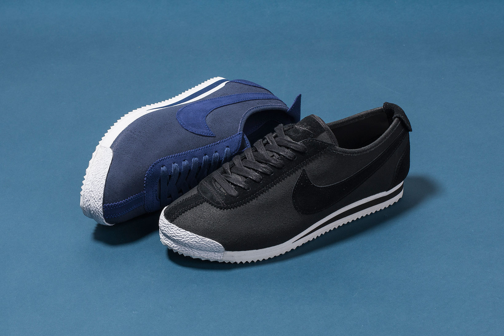 nike cortez 72 qs in black and loyal blue sneakers hypebeast. Black Bedroom Furniture Sets. Home Design Ideas