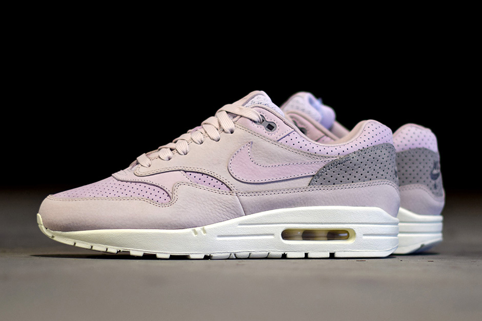 nike-air-max-1-pinnacle-pink-black-beige-6.jpg