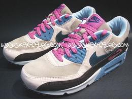 new concept 649cb d57a7 image200604nike-clerks-pack-air-max
