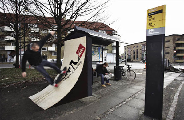 Interactive Quiksilver Ads