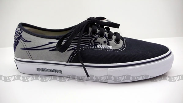 f7f32df600 Vans Syndicate Series 005 Half Cabs   Wes Humpton Authentics